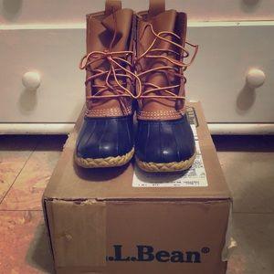 Tan/Navy LL Bean Boots